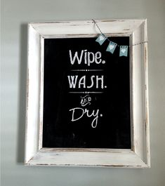 Bathroom Wall Art: Old Picture Frame to Chalkboard ... just paint the cardboard backing! #bathroomart #chalkboards #silhouette www.twoityourself.com
