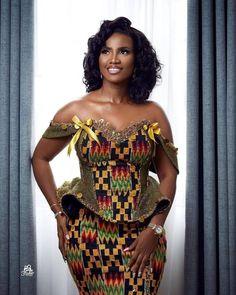 African Wear Dresses, Latest African Fashion Dresses, African Print Fashion, African Outfits, African Traditional Wedding Dress, African Fashion Traditional, African Wedding Attire, African Attire, Kente Dress