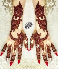 Mehndi Design Girls which is for especially for the younger girls and for this Festive Season and for also the wedding season. These are the best Mehndi Design Girls. Mehndi is an important part of our Culture. Henna Hand Designs, Dulhan Mehndi Designs, Mehndi Designs Finger, Khafif Mehndi Design, Stylish Mehndi Designs, Mehndi Designs For Girls, Mehndi Style, Mehndi Design Photos, Wedding Mehndi Designs