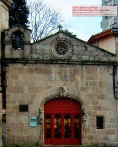 Edificios de Papel: Escudos: En la Capilla de San Damián y San Cosme, ...