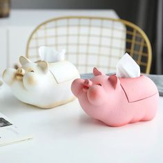 This Little Piggy, Little Pigs, Christmas Present List, Pig Kitchen, Sis Loves, Cute Piglets, Pet Pigs, Piggy Bank, Cute Pictures