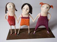 Le tre sorelle (Cartapesta)