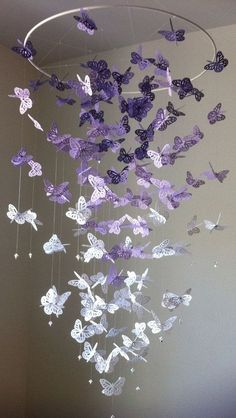 28 Ideas for origami tutorial butterfly mobiles Butterfly Mobile, Origami Butterfly, Purple Butterfly, Monarch Butterfly, Butterfly Party, Paper Butterfly Crafts, Butterfly Bedroom, Butterfly Project, Diy Papillon