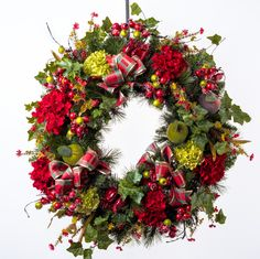 Red & Green Hydrangea Christmas Wreath