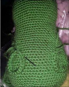 Ingyenes Horgolás Leírások: SÜSÜ leírás Crochet Patterns Amigurumi, Fingerless Gloves, Arm Warmers, Fashion, Crochet Stuffed Animals, Tutorials, Creative, Fingerless Mitts, Moda