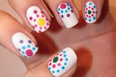 @Claudia Anderson and @Ashleigh Deeds - this girl has some awesome nail ideas on her blog!