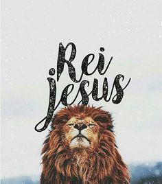 #deus #jesus #espiritosanto Jesus Wallpaper, Lion Wallpaper, Tumblr Wallpaper, Religious Wallpaper, King Jesus, My Jesus, Jesus Christ, Jesus Tumblr, Christian Wallpaper