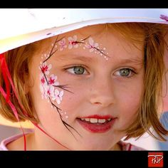 Portrait Face Painting_Chinese New Year Face Painting Flowers, Girl Face Painting, Face Painting Designs, Painting For Kids, Face Paintings, Paint Designs, Face Paint Makeup, Makeup Art, Eye Makeup
