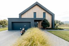 2 Story Houses, Construction, Dream House Exterior, Home Deco, House Plans, Brick, Sweet Home, New Homes, Interior Design