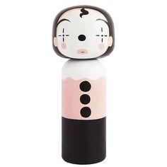 Kokeshi sind traditionelle japanische Puppen mit einem großen Kopf und einem einfachen Körper, die man als Zeichen seiner Freundschaft verschenkt. Die Künstl