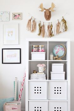just bella: Gold and Girly Home Office Home Office Furniture, Home Office Decor, Home Decor, Diy Room Decor, Bedroom Decor, Pink Office, Small Office, Gold Office, Office Makeover