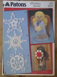 Patons Christmas Crochet Pattern No.1013 Snowflakes, Angel, Door Knob Cover, Place Mats, Stocking, Holly, Slippers