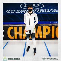 Wir sind stolz auf Hempions Athlet @_hendrik_d . Bei der EM im Sprint belegte Eisschnelllauf-Profi nach vier bewerben den starken 11. Platz.  Diese Woche geht es weiter mit dem ersten Weltcup der Saison. Viel Erfolg und lass es rocken Hendrik! #webelieveinyou • Weißt du, welche Höchstgeschwindigkeit Hendrik auf dem Eis erreicht? Tours, Baseball Cards, Sports, Kazakhstan, World Cup, Proud Of You, Hs Sports, Sport
