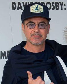 Image may contain: one or more people, beard, hat and eyeglasses Tony Stark Images, Robert Downey Jnr, Robert Jr, Big Crush, Iron Man Tony Stark, Downey Junior, New Movies, Actors & Actresses, Sexy Men