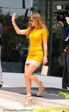 JLo is Jennifer Lopez! J Lo Fashion, Fashion Outfits, Womens Fashion, Fashion Heels, Jennifer Lopez, Jennifer Lawrence, Looks Street Style, Mode Hijab, Professional Women
