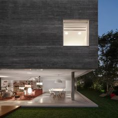 modern-architecture-and-design-residential-house
