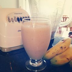 Enjoy a delicious Banana & Peanut Butter Smoothie! Its very healthy! Find out more smoothie recipes on: latinahips.wordpress.com   #drinks #smoothies #healthy #fitness #latinahips #blog