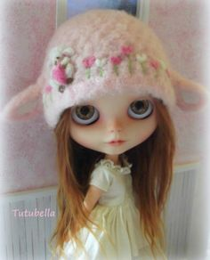OOAK Custom Valentines Day Lamb Sheep Hat for Blythe dolls by ~ Tutubella
