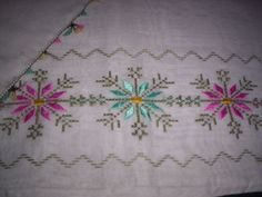 This Pin was discovered by Neş March Bullet Journal, Brazilian Embroidery, Bargello, Herd, Guest Towels, Journal Covers, Journal Inspiration, Blackwork, Needlework