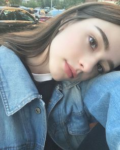 Dasha Taran being cute Girl Photo Poses, Girl Photography Poses, Girl Photos, Cute Selfie Ideas, Fake Girls, Cute Girl Pic, Girls Selfies, Bad Girl Aesthetic, Cute Beauty