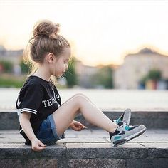 Little Girl Fashion. This kid looks just like my daughter!