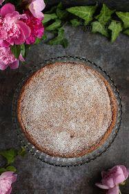 ...konyhán innen - kerten túl...: Málnás-mascarponés brownie