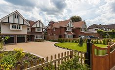 Stunning 'twin' homes built using windows and doors from the frameXpress range