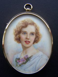 Dealer and collector of Portrait Miniatures. I have over 25 years experience of collecting and dealing in portrait miniatures. Antique Frames, Antique Photos, Miniature Portraits, Miniature Paintings, Watercolor Portraits, Portrait Paintings, Woman Drawing, Drawing Skills, Victorian Jewelry