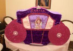 Piñata Carroza de Princesa. Motivo Princesita Sofía.