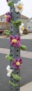 Floral Vine Stop Sign Cozy Yarn Bomb by Deborah Bagley Crochet Leaves, Crochet Motifs, Crochet Flowers, Crochet Patterns, Cute Crochet, Crochet Yarn, Guerilla Knitting, Textiles, Floral Garland