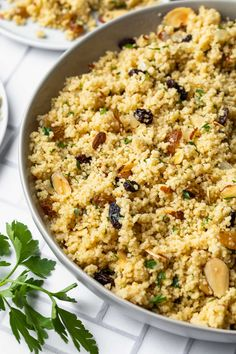 Morrocan Food, Moroccan Dishes, Pearl Couscous Recipes, Vegan Couscous Recipes, Side Dishes Easy, Side Dish Recipes, Kitchen Recipes, Cooking Recipes, Kitchen