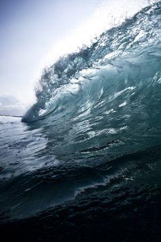 Empty Wave by coastalcreature