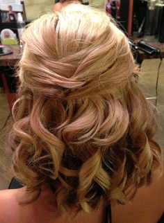 Awesome Hair Style: Bridal updo for short or medium length hair. Half up wedding style..