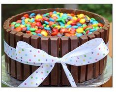 Easy Cake decorating...