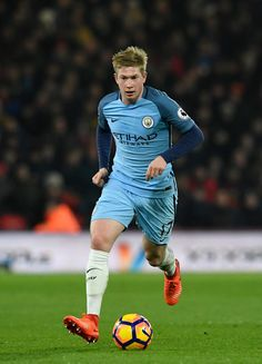 Manchester City player Kevin De Bruyne in action during the Premier League match between AFC Bournemouth and Manchester City at Vitality Stadium on February 13, 2017 in Bournemouth, England.