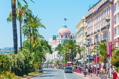Nice, we made our way to the iconic Le Negresco for lunch. For over 100 years the Negresco's signature pink dome has been a highlight of the Nice skyline overlooking the beautiful beaches of the French Riviera's capital city