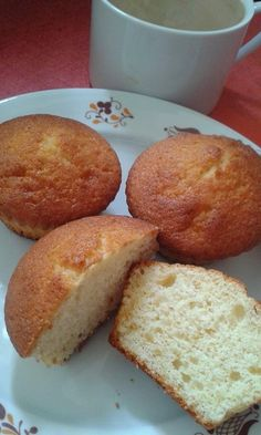 This no all / Disznóól - KonyhaMalacka disznóságai: Muffin Banana Bread, Muffins, Cupcakes, Food, Meal, Cupcake, Essen, Muffin, Hoods