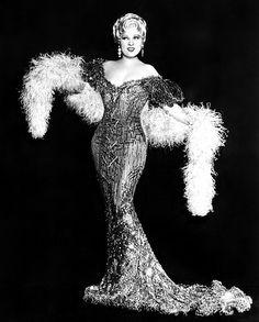 Mae West, 1933.