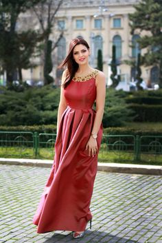Amazing dress from black-swan.ro Find more pics on www.emasworld.ro