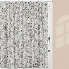 The sophisticated Creative Bath Sketchbook collection showcases exquisite botanical drawings in an ultra chic black and white color palette. The shower curtain features a beautiful botanical toile printed on linen textured cotton duck. Toile Bedding, Bedding Shop, Douche Design, Walk In Shower Designs, Bathroom Collections, Small Bathroom, Bathrooms, Relaxing Bathroom, Bathroom Ideas
