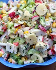 At the whim of the market: Pollock salad (surimi) that can also be used for a roll Au gré du marché: Salade de goberge (surimi) pouvant servir aussi pour un roll Salad Dressing Recipes, Salad Recipes, Fun Easy Recipes, Healthy Recipes, Brunch Salad, Surimi Recipes, How To Cook Quinoa, Entrees, Food And Drink