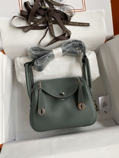 Hermes Lindy Bag, Marc Jacobs, Amy, Posts, Clothes, Shoes, Fashion, Outfits, Moda