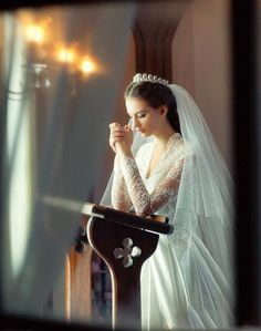 Tips For Planning The Perfect Wedding Day – Divine Bridal Wedding Bells, Wedding Gowns, Lace Wedding, Our Wedding, Dream Wedding, Wedding Prayer, Mermaid Wedding, Wedding Bride, Wedding Ceremony