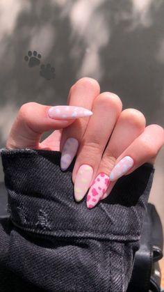 Almond Acrylic Nails, Pink Acrylic Nails, Pastel Nails, Bright Nails, Funky Nails, Cute Nails, Stylish Nails, Trendy Nails, Nail Manicure