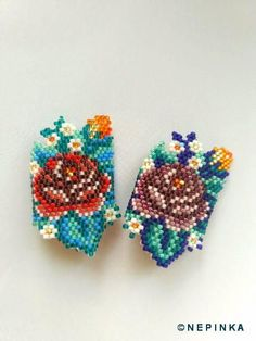 Purplish turquoise beaded rings, unique and beautiful, made of diminutive, expensive, japanese beads. Designed by NEPINKA Available on order in differ Peyote Patterns, Beading Patterns, Beaded Rings, Beaded Jewelry, Wire Jewelry, Handmade Jewelry, Watercolor Flower Wreath, Beaded Banners, Brick Stitch