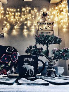 #latte #coffee #cafe #instacoffee #caffeine #hot #mug #drink #coffeeaddict  #coffeelove#coffeegram #coffeeoftheday #coffeeholic #coffeelife#cotd#coffeelover #coffeelovers #photography #coffeerem #winter