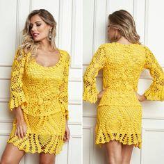 Vestido em squares com a linha Charme  compartilhamos a receita no armarinhosaojose.blogspot.com.br Fios no www.armarinhosaojose.com.br #artesanato #croche #agulhas #artemanual #armarinhos #saojosearmarinho #circuloprodutos #crocheteira #crochebrasil #lovecroche #modacrochet #fashion #handmade #feitoamao Imagem : Círculo