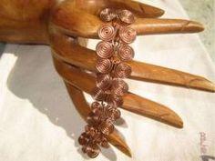 Armband mit ägyptischen Spiralen - Bild vergrößern Handmade Wire Jewelry, Shops, Leather, Spirals, Earrings, Armband, Handarbeit, Jewerly, Tents