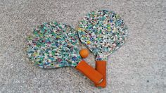 Raquetas para playa o jardin fabricadas con plastico reciclado en www.perfilesplasticos.com.mx Recycled Plastic Furniture, Recycling, Upcycling, Beach, Upcycle