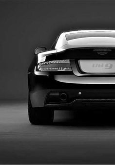 Aston Martin | DB9 Carbon Edition